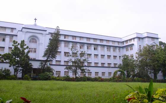 St. Pius X College